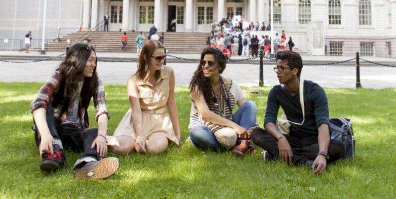 Студенты школы ЕС