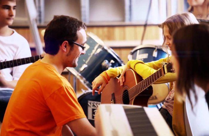Занятия музыкой в Exsportise, Clayesmore school