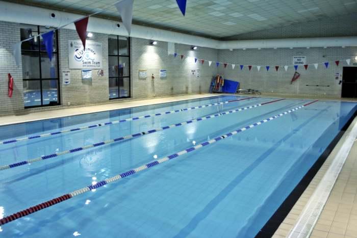 Бассейн в кампусе Exsportise, Clayesmore school