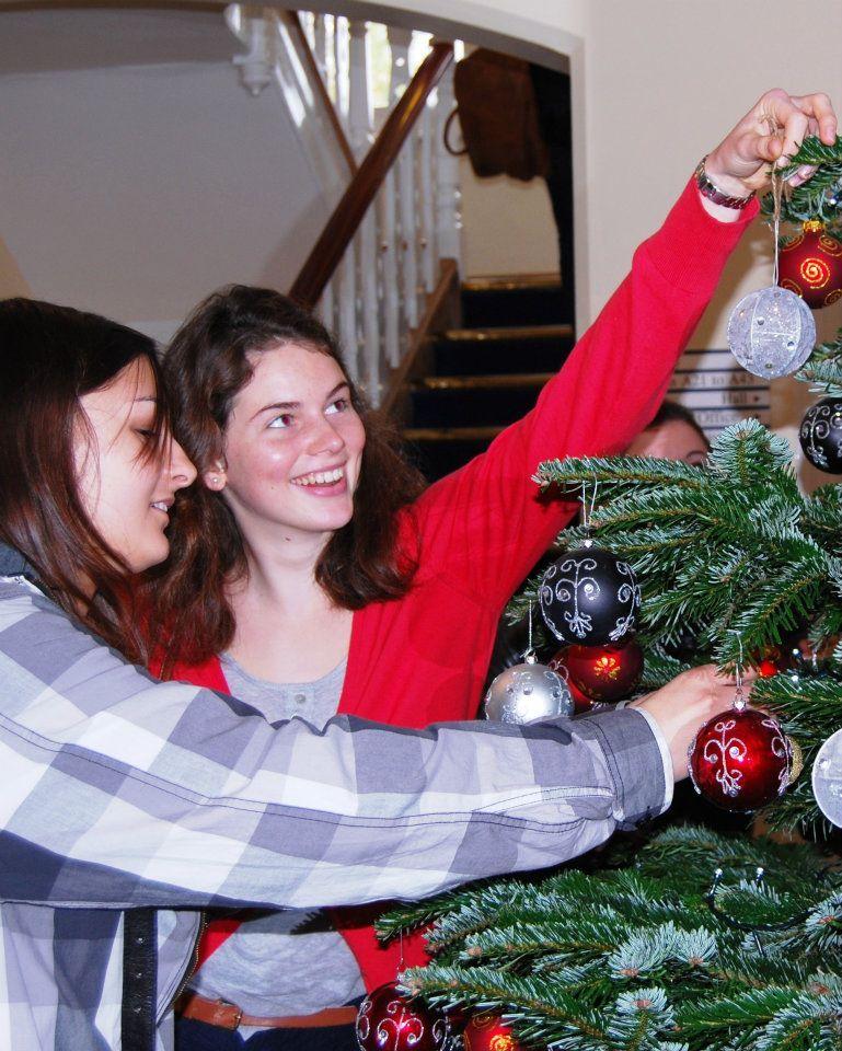 Рождество в St. Clare's School