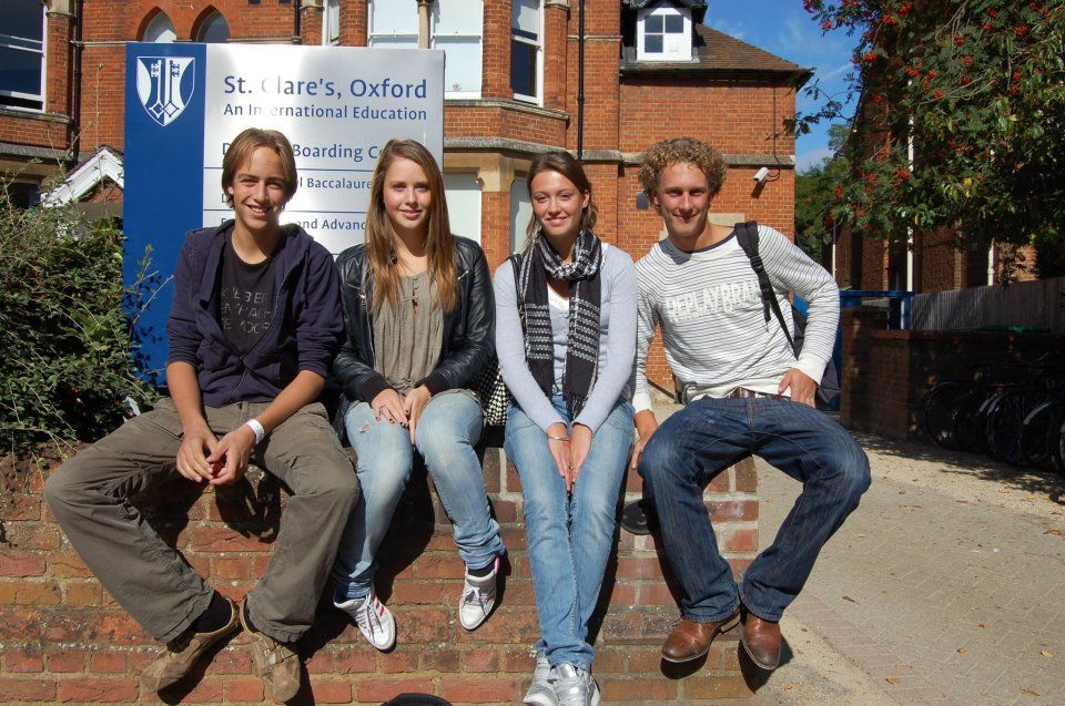 Студенты St. Clare's School, Summer Teenagers, Oxford
