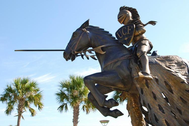 Официальный символ University of Central Florida