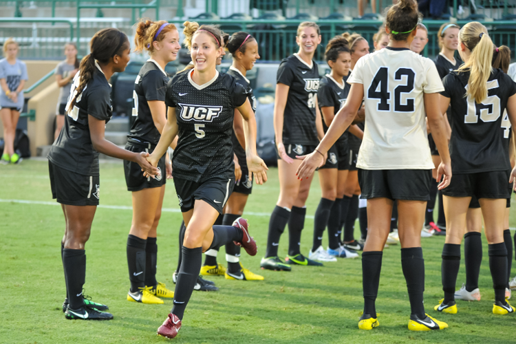 Женская футбольная команда University of Central Florida