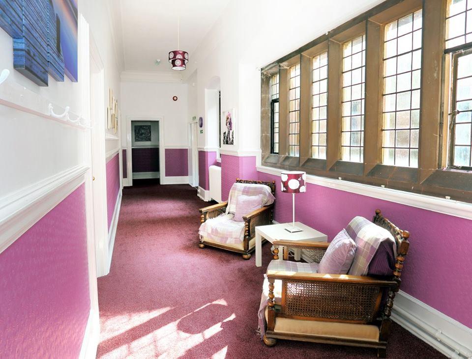 Комната отдыха в пансионате ADCOTE School for girls