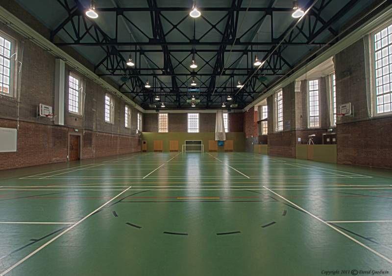 Спортивный зал в Royal Hospital School