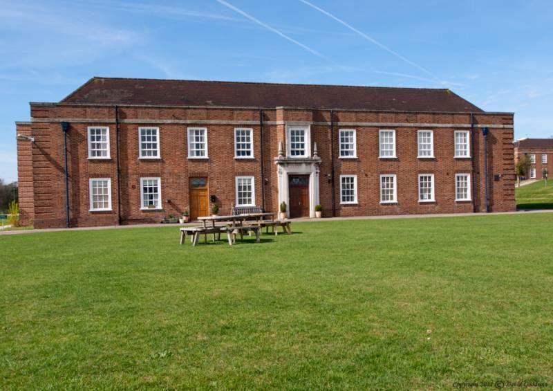 Резиденция при Royal Hospital School