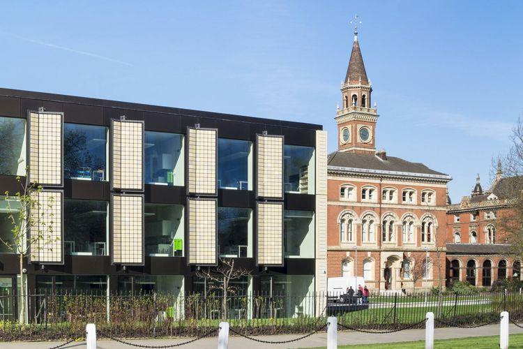 Главный вид Dulwich College