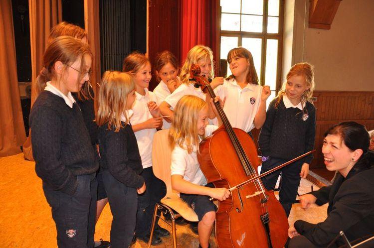 Музыкальный класс в John F. Kennedy International School
