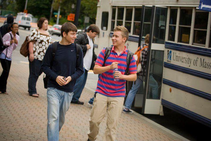 Студенты University of Massachusetts Lowell
