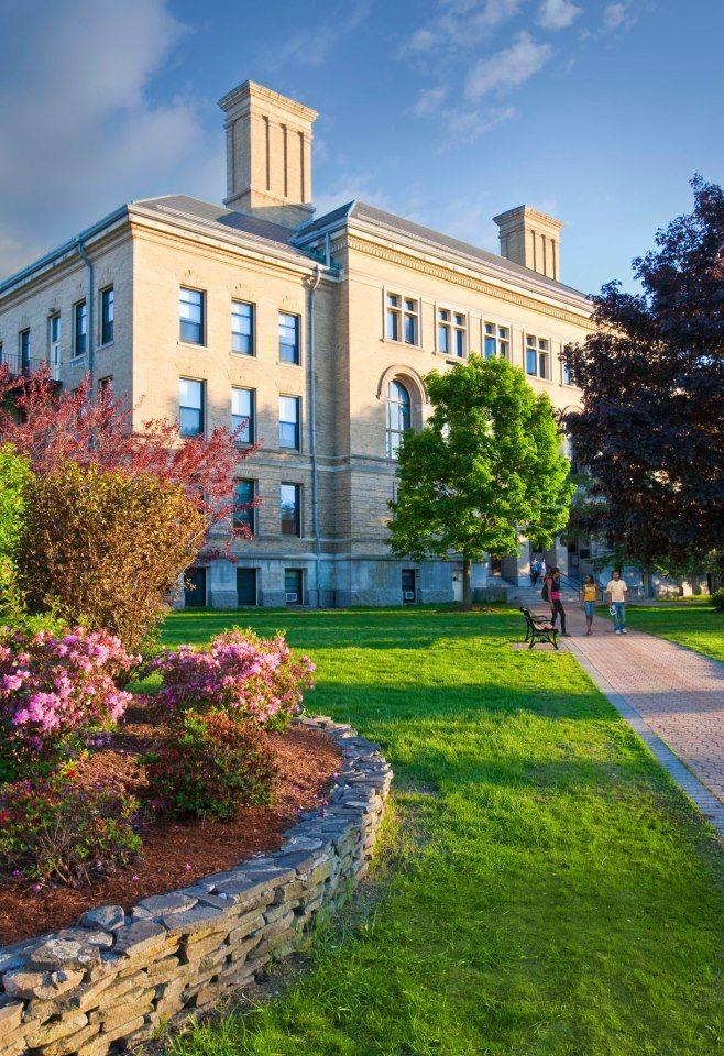 Дорога к University of Massachusetts Lowell