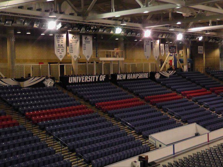 Трибуны University of New Hampshire