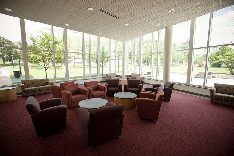 Лаунж-зона Merrimack College
