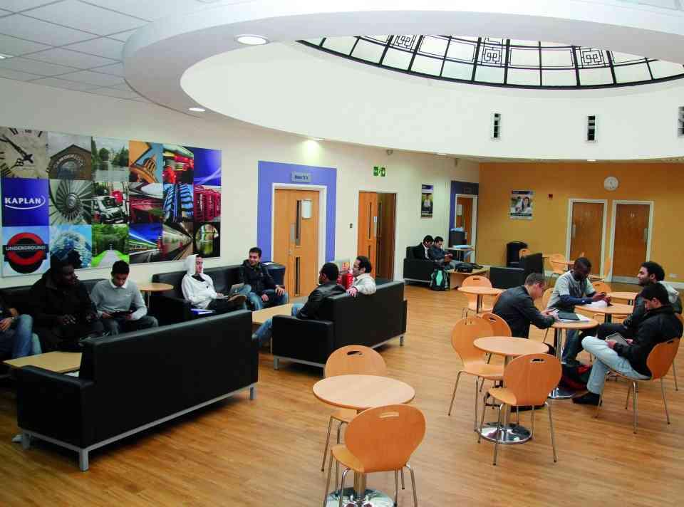 Комната отдыха в Kaplan International College, London