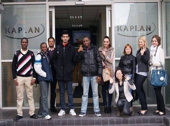 Студенты Kaplan International College, London