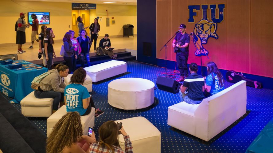 Вечер талантов Florida International University