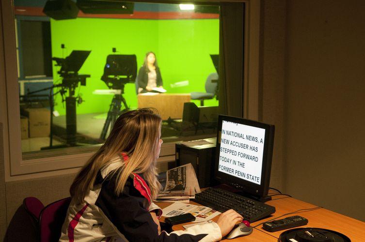 Занятия студентов медиа-колледжа The University of Kansas