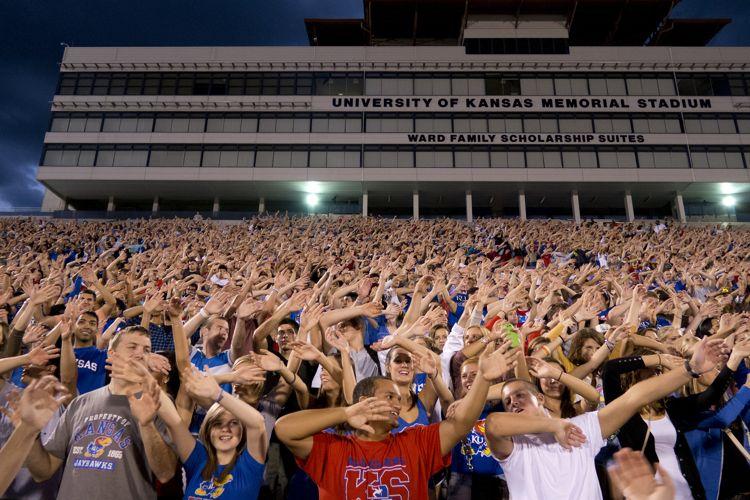 Флешмоб студентов The University of Kansas
