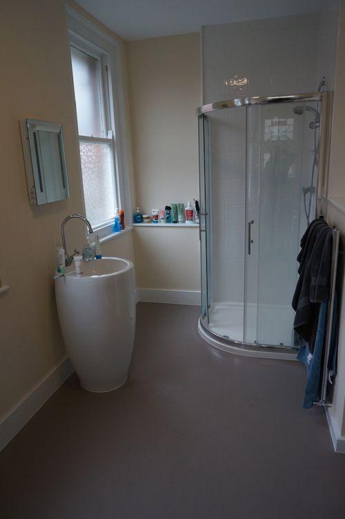 Ванная комната в Earlscliffe College