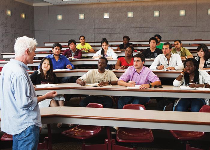 Лекция в  International College of Manitoba