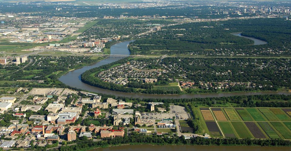 International College of Manitoba, вид с высоты птичьего полета