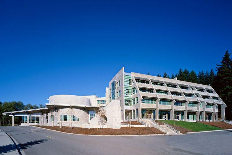 Главный вид Capilano University