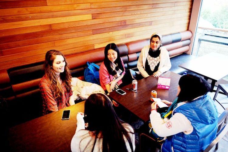 Студенты University of Stirling