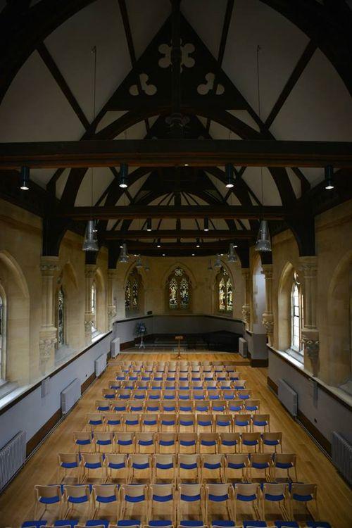 Аудитория в Thames Valley Summer Schools, Leatherhead