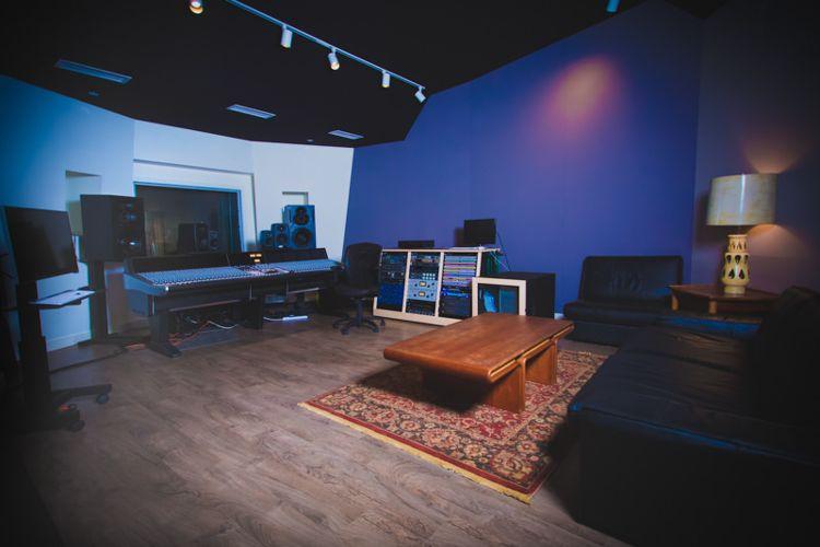 Комната звукозаписи в SAE Institute