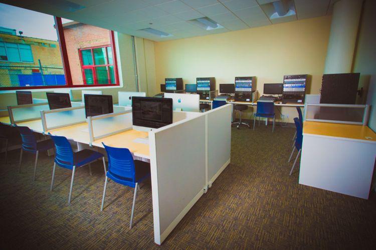 Компьютерный классSAE Institute