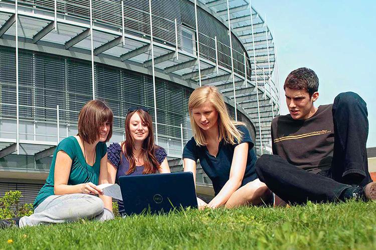 Студенты FHWS в свободное время