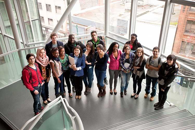 Студенты Columbia College