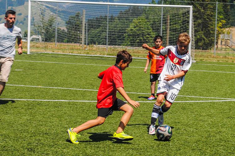 Футбол в Alpadia, Leisyn