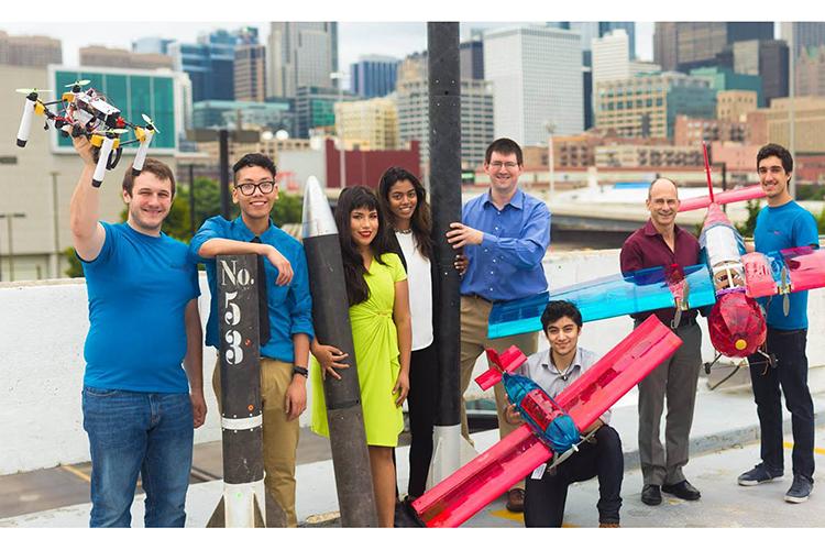Студенты University of Illinois at Chicago со своими проектами