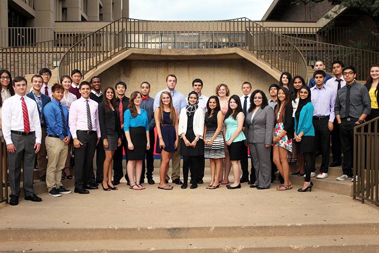 Студенты University of Illinois at Chicago, получившие стипендии