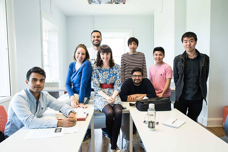 Студенты и преподаватели Emerald Cultural Institute
