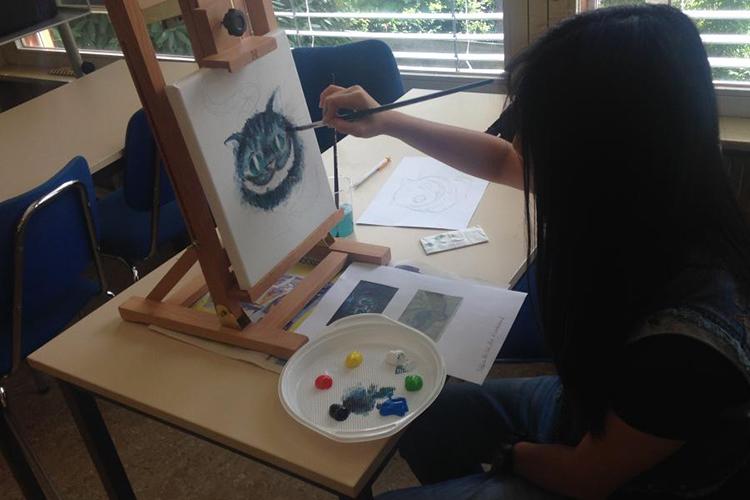 Урок рисования в Lemania College Summer Camp