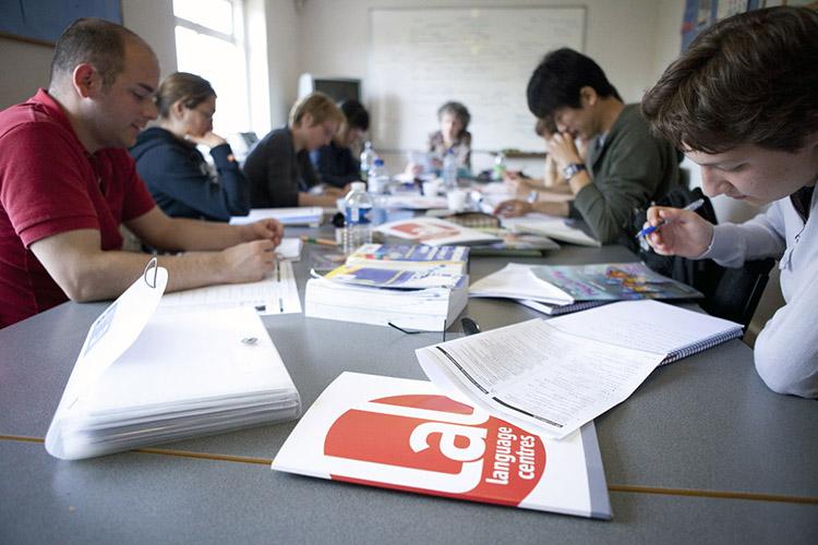 Студенты на обучении в LAL Torbay