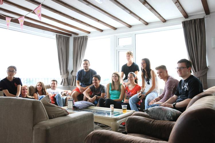 Проживание в семье студентов LAL, Torbay