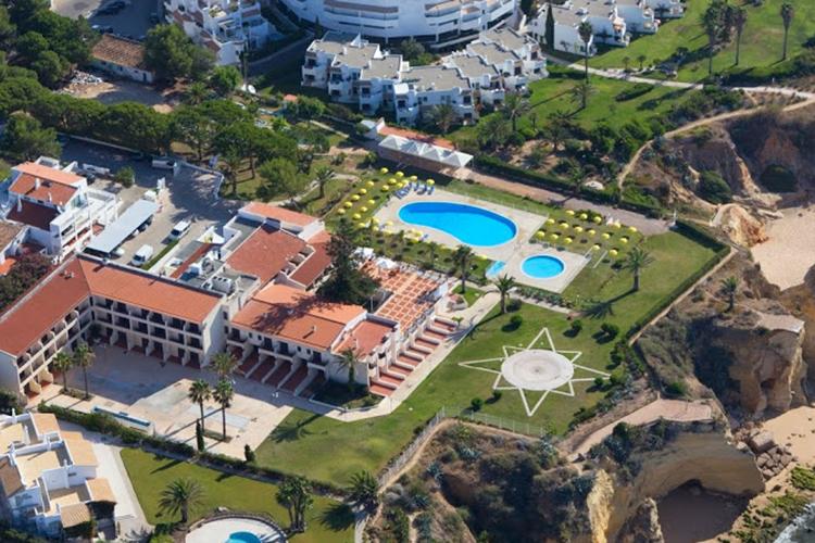 Вид сверху на The Nobel International School Algarve