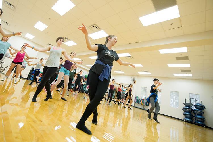 Уроки танцев в Texas A&M University-Corpus Christi