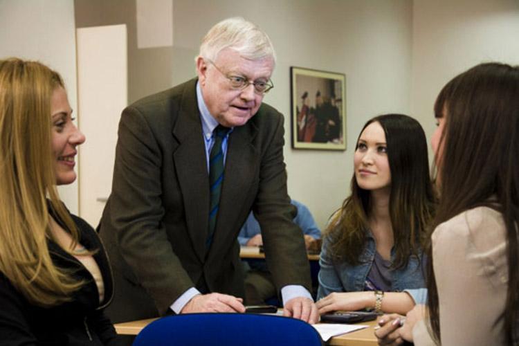 Процесс обучения в University of New York in Prague