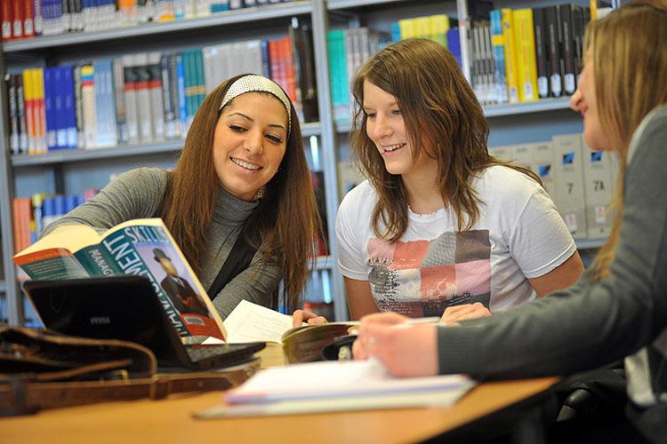 Студенты Fontys University of Applied Sciences