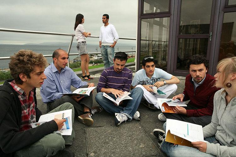 Самостоятельное обучение в Galway Cultural Institute