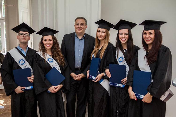 Выпускники Lauder Business School