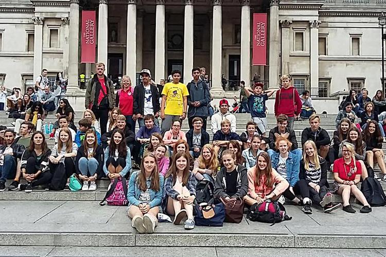 Студенты LAL Brighton в национальной галерее искусств