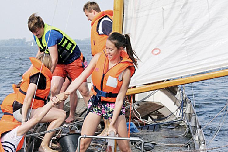 Занятия парусным спортом в Stiftung Louisenlund