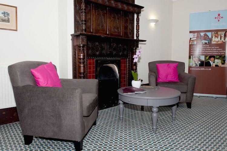 Комната отдыха в Earlscliffe Summer,  Folkestone