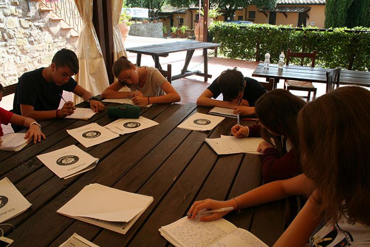 Студенты лагеря Alphabet Camps, Ripabianca на обучении