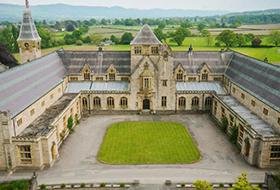 Мyddelton College