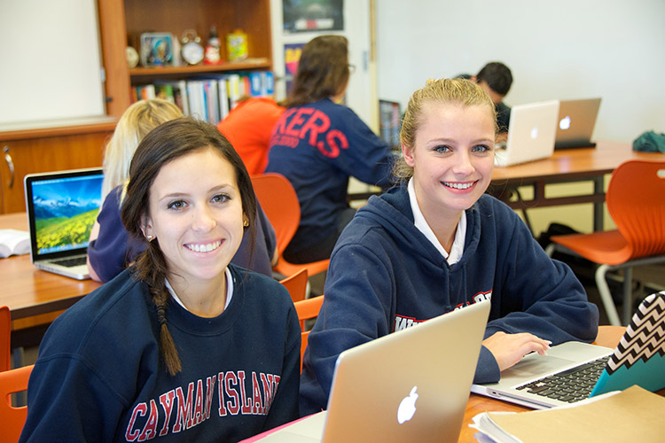Студентки Windermere Preparatory School на занятии
